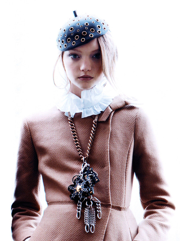"abigaildonaldson:  Gemma Ward in ""Shanghai Diary"" by Patrick Demarchelier for Vogue China September 2005"