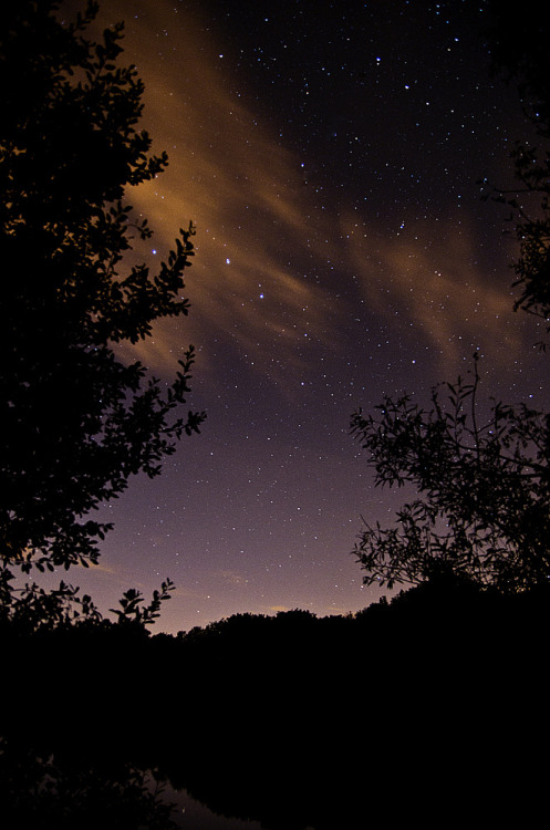 h4ilstorm:  Stars over Somerford 2 (by ORIONSM)