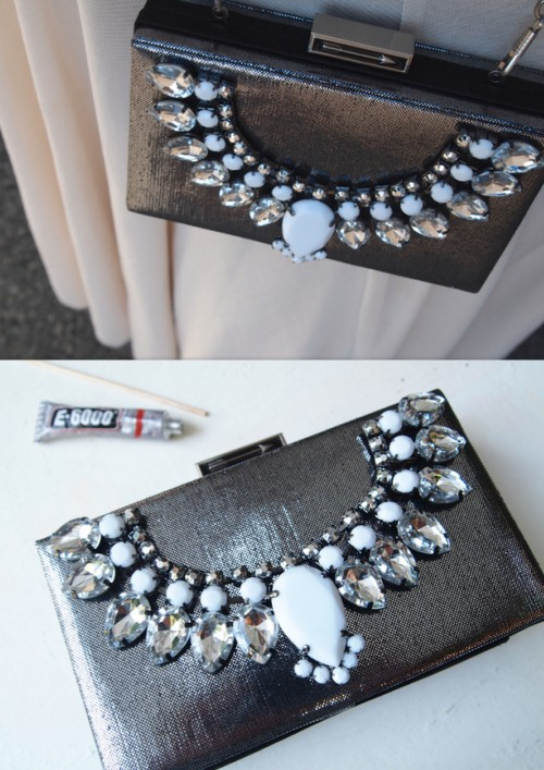 truebluemeandyou:  DIY Easy Statement Necklace Clutch Tutorial from Glitter 'N Glue here. Easy and cheap way to dress up a clutch (with the right bag and right necklace). For more DIY bags of all kinds go here: truebluemeandyou.tumblr.com/tagged/bag