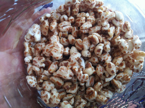 Trader Joe's organic puffed wheat topped with agave is a great alternative to sugary/high caloric/processed cereals offered in most grocery stores. I'm obsessed!