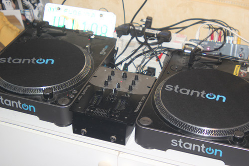 Does anybody want to buy 2 Stanton T.52 Decks and a Numark DM950 Mixer?£130 ONO - Collection only - Essex, UK E-mail me if interested: fuzzy@killerpandafilms.com