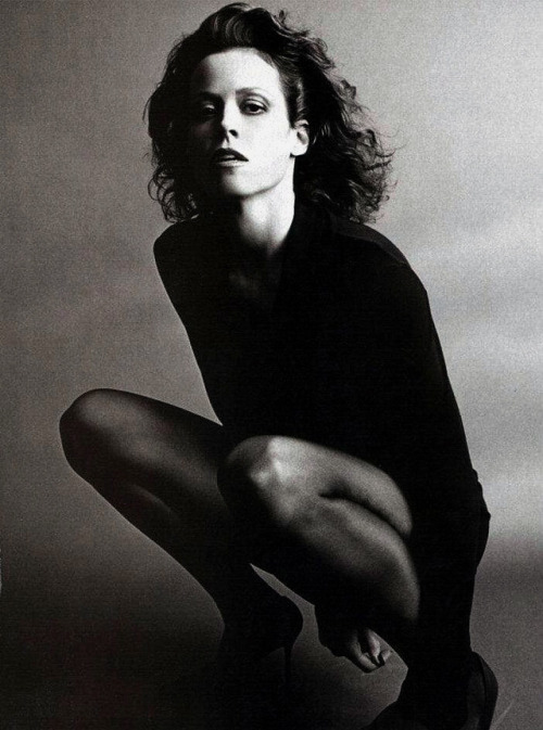 sigourney weaver bwphotography tall women