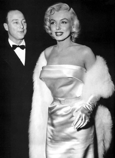 Marilyn Monroe attending the premiere for Call Me Madam, 1953.