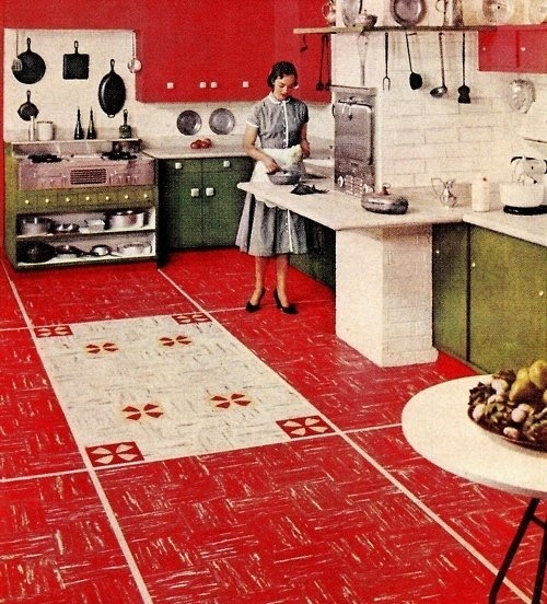 theniftyfifties:  1950s kitchen with linoleum floors.