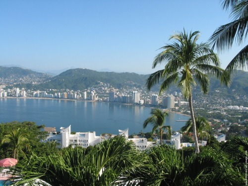 live-for-travel:  Acapulco, Mexico  My hometown.