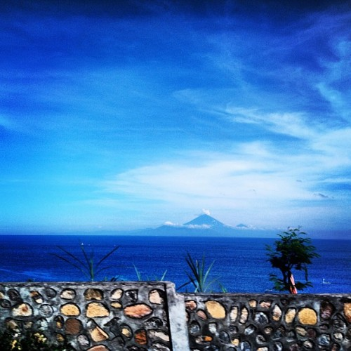 Agung mountain from lombok island #mountain #bali #great #blueandgreen #amazing #bali #lombok