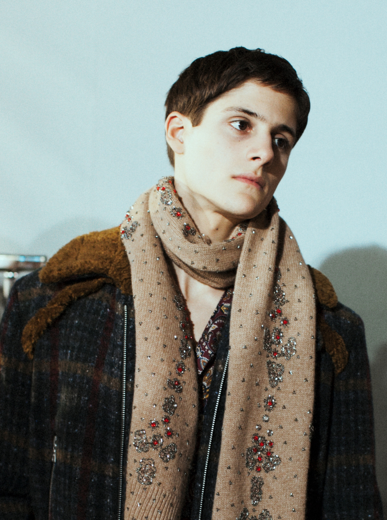 leacolombo:  Julian de Gainza Backstage at Dries Van Noten AW13 by Lea Colombo