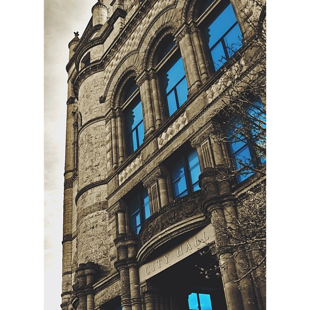 darnellwilburn:  #cityhall #building #city #citylife #architecture #romanesque #richardsonromanesque #duotone #cincinnati #ohio #structure #instacool #instamood #historic #beautiful #wallpaper  City hall.