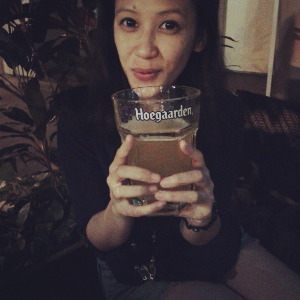 ayundaismi:  Even the glass was bigger than my face! Hahah #hoegaarden #beer  # Salt & tapas by Luke Mangan, Raffles - SIN