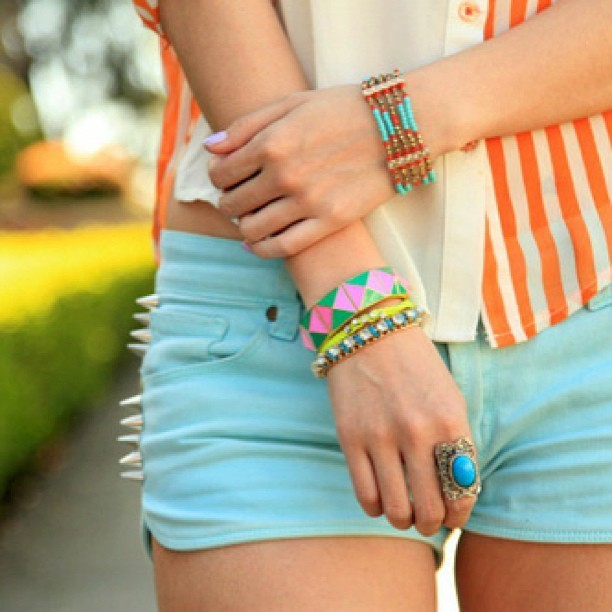 Whisperlove~~ Colour Splash Fashion on We Heart It - http://weheartit.com/entry/59794005/via/ronsela   Hearted from: http://statigr.am/p/386596067330292783_268854670