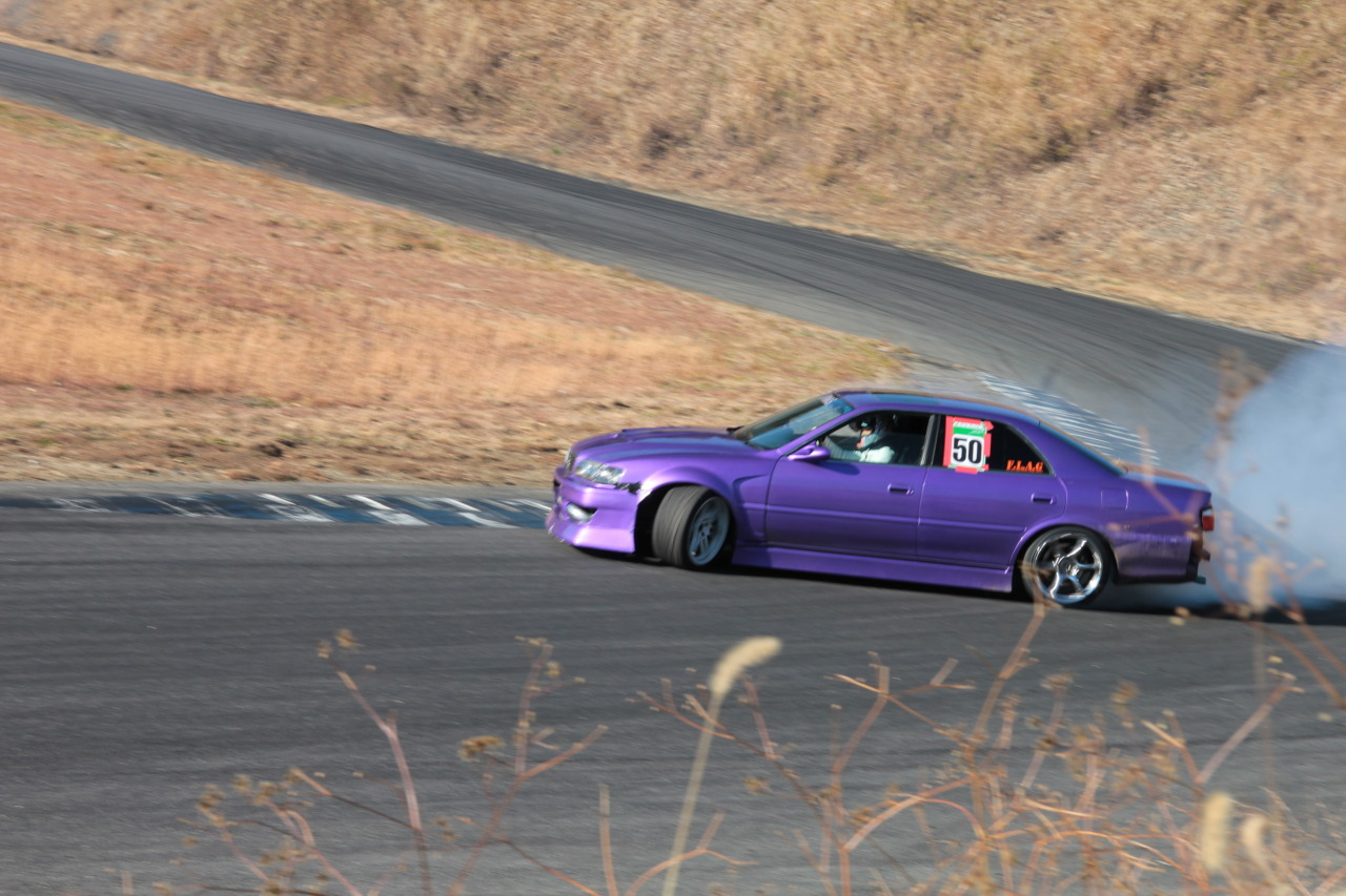 thelowcals:  Drifting at Honjo circuit with Keiichi as judge, drift muscle 2012