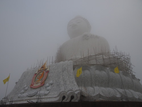 Sunrise at Big Buddha without the sunrise.