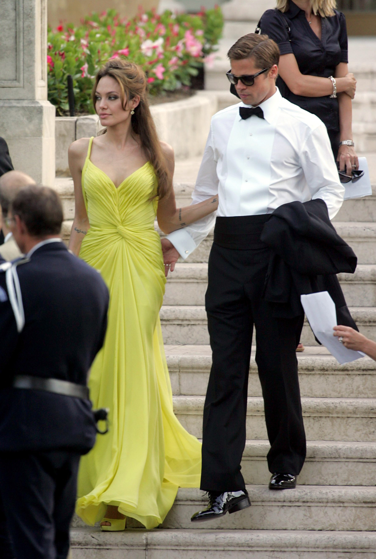 suicideblonde:  Angelina Jolie and Brad Pitt at the 2007 Cannes Film Festival