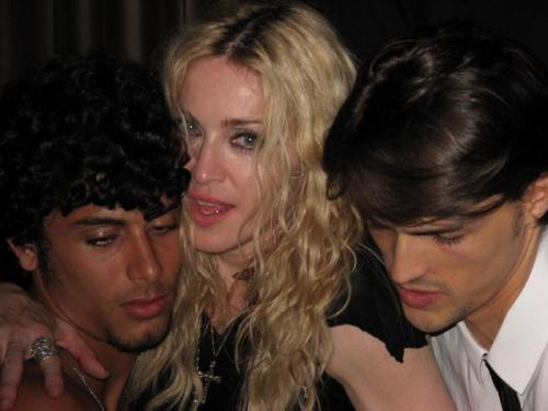 #Madonna and Jesus Luz 2009