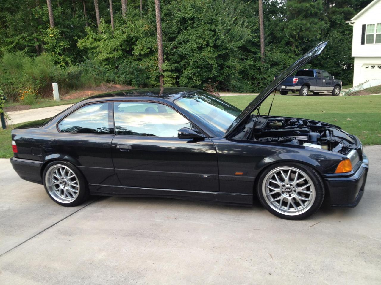Nickssmirkingrevenge: My '95 e36 M3 with a s52 swap I assume the big gain in horsepower was reason enough for the swap? This car looks nice and clean. Good work and thanks for submitting it! E36s from the past