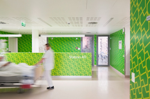 (via GRAPHIC AMBIENT » Blog Archive » Offenbach Hospital, Germany)