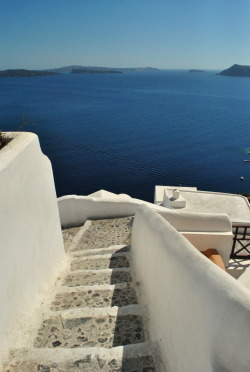 fadhilahzakariah:  just so in love with the view of santorini.