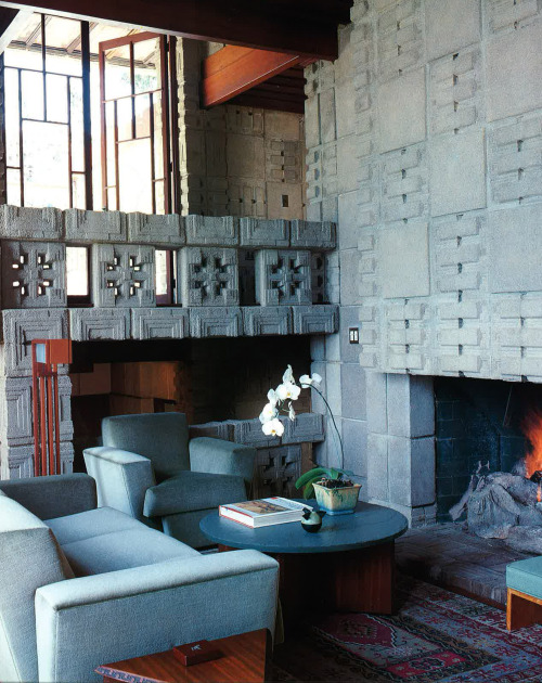 mygingerbreadhouse:  The Storer House (1923) by Frank Lloyd Wright in the Hollywood Hills. From the book Freestyle: The New Architecture and Interior Design from Los Angeles by Tim Street-Porter.