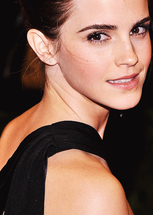 "Emma Watson | ""PUNK: Chaos To Couture"" Costume Institute Gala [May 6,2013]"