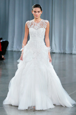 everythingsparklywhite:  Monique Lhuillier