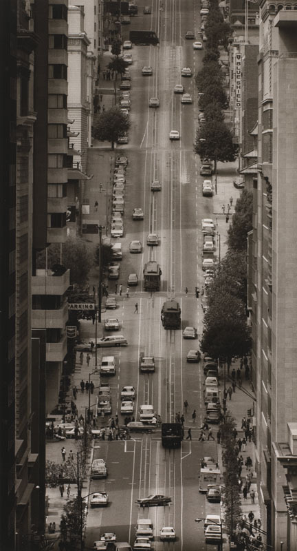 Max Yavno Up California Street 1947