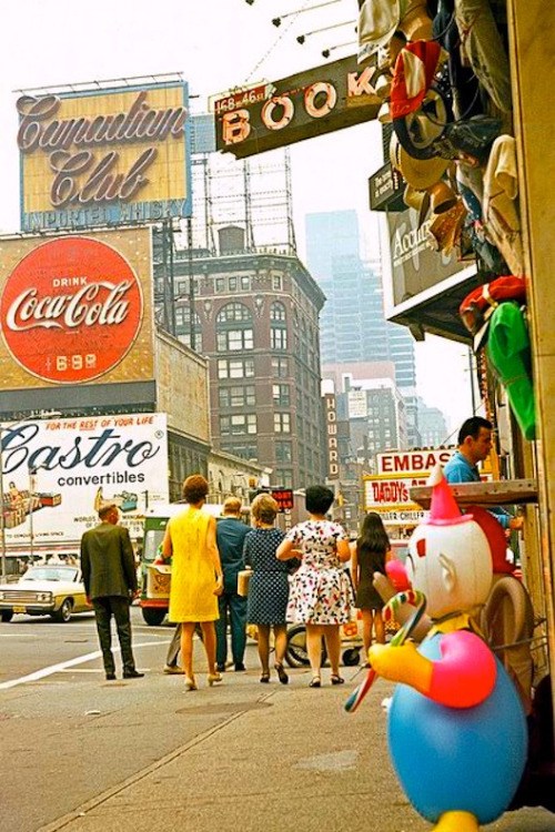 theswinginsixties:  Times Square, New York City, 1960s.