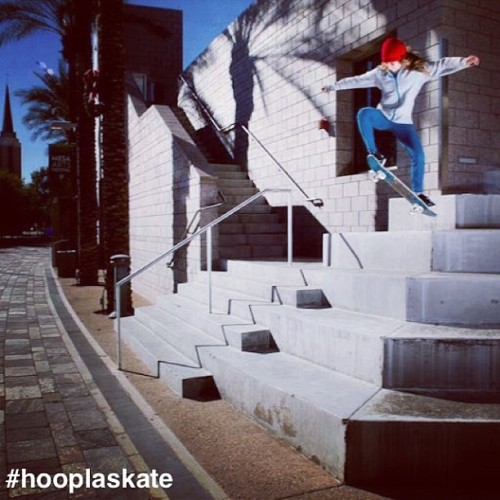 hooplaskateboards:  @alanasmithskate with a #giant #ollie ! Awesome photo taken by @kenhada