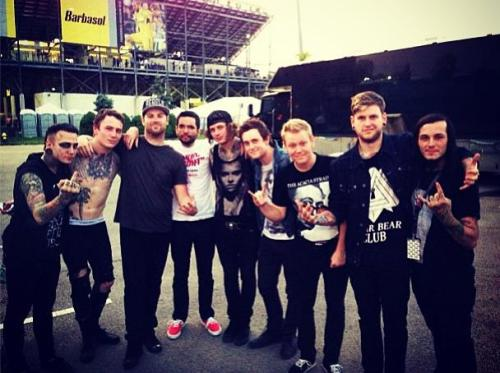 failureuponfailure:  afuckinga-argentina:  #AfuckingA #ADTR #MIW  reblogging for adtr and miw