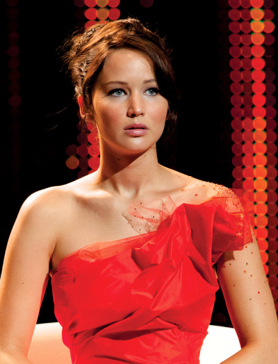 fireworkofmydreams:  Detalle de imagen de:Jennifer Lawrence as Katniss Everdeen in The Hunger Games : Makeup411 … on We Heart It - http://weheartit.com/entry/56652575/via/fireworkdreams