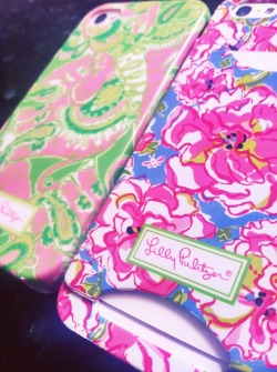 sophiesaysblog:  Matching phone cases with my BFF, Lauren! 🎀💚🐘💗💙🌸🌺💛