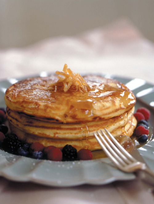 Ginger Buttermilk Hemp Pancakes