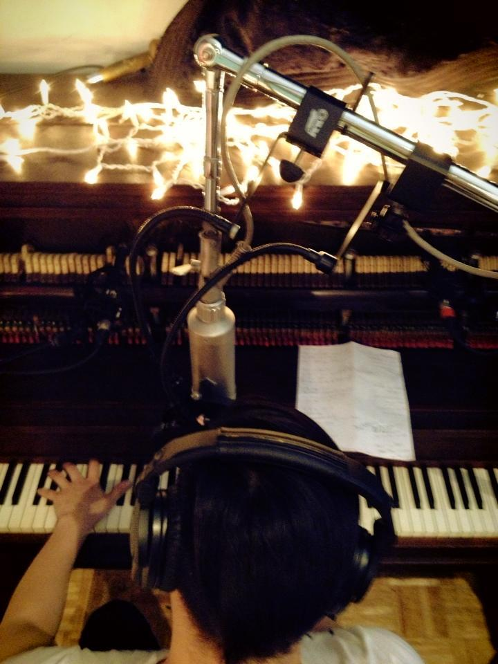 Back in the studio recording my new EP: six song romance.  Look for it in 2013!