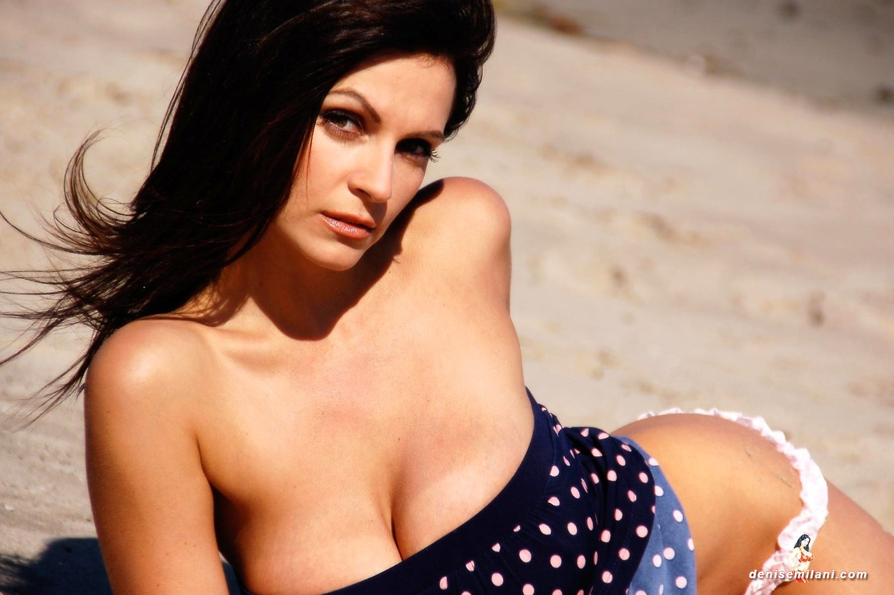 huge pierced boobs big big tits photos www.bg boobs.com