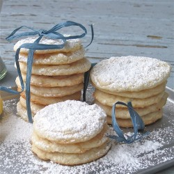 miscellaneousdesserts:  Vegan Lemon Cookies (recipe)