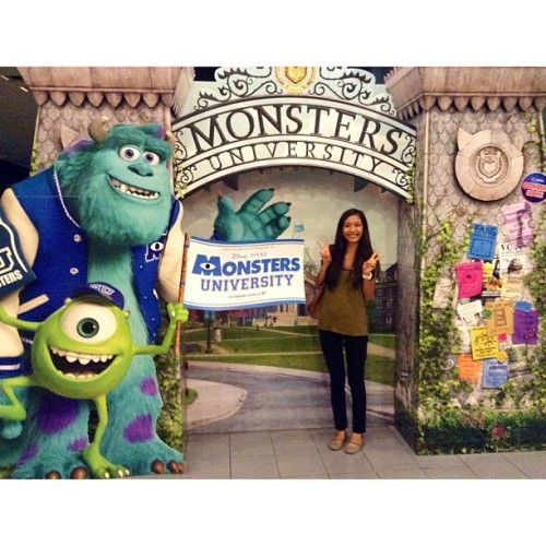I think I want to enroll in #monstersuniversity this coming school year haha 😝 #sully #mike #monstersinc