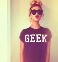 ultimatebeauties:  GET THE GEEK TEE→ every item you order from the ultimatebeauties fashion collection, gives you a free weeks worth of advertisement for your blog/website (bonus: gain lot's of followers) learn more→