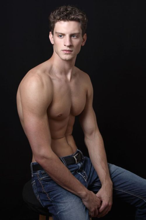 jonwhitneyphoto:  Chris Garavaglia @ Ford Models