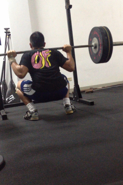 125 kg back squat ?x2 Lots of squats