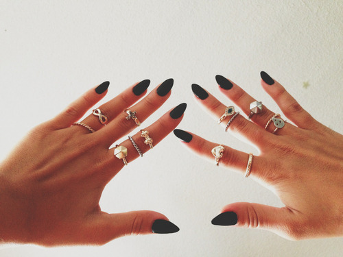 nails | Tumblr on We Heart It - http://weheartit.com/entry/61373615/via/julita_filko   Hearted from: http://nekomenedostajes.tumblr.com/post/50356814956/hearted-from