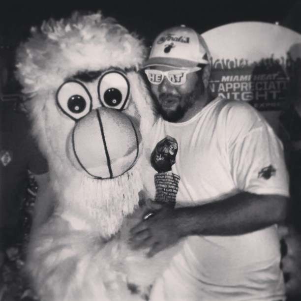 Burnie and I looking forward a #WhiteHot #Heat second season @heatbananaman @uptowndale @zakeya_mslady and a second trophy too! #HeatNation #Miami #HeatChampions #igersmiami  (at American Airlines Arena)