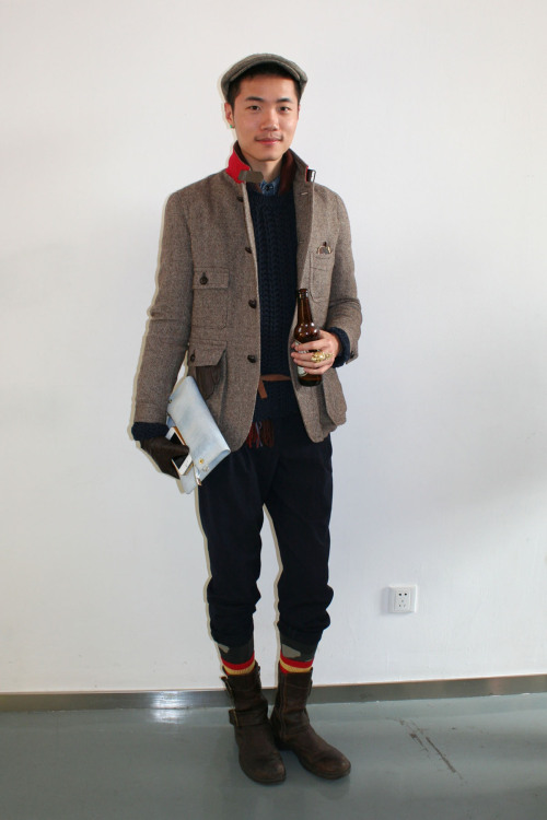 We're loving this gent's peek-a-boo patterned socks. WGSN street shot, Shanghai