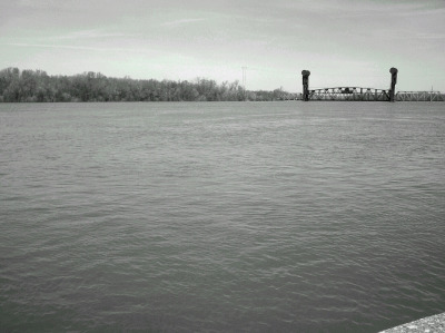 Illinois River at over 28 feet at Beardstown (normal level is 14 feet)