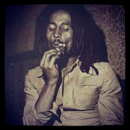 Bob Marley Day! Happy birthday mon! Lighters up #cLOUDLife #Legend