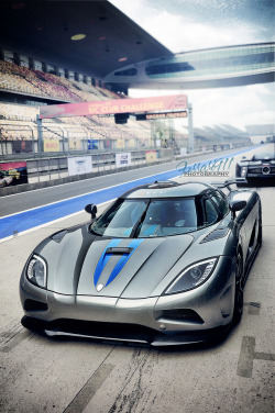 automotivated:  Koenigsegg Agera (by 李鱼 Ferrari911)