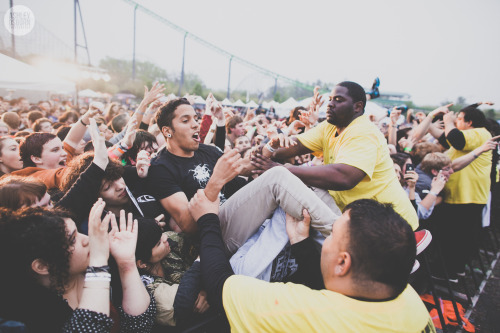 suffferer:  ashleyosborn:  ISSUES May 19th, 2013Jackson, NJSkate and Surf   Yes this looks alot like issues