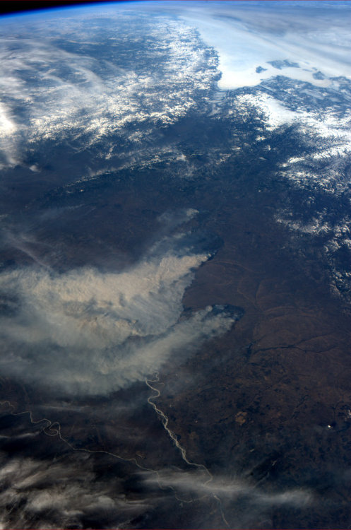 colchrishadfield:  Enormous grassland fires in Siberia/Mongolia this morning.