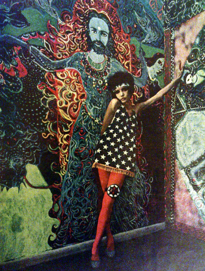 savetheflower-1967:  Psychedelic fashion - East Village, New York, 1967.