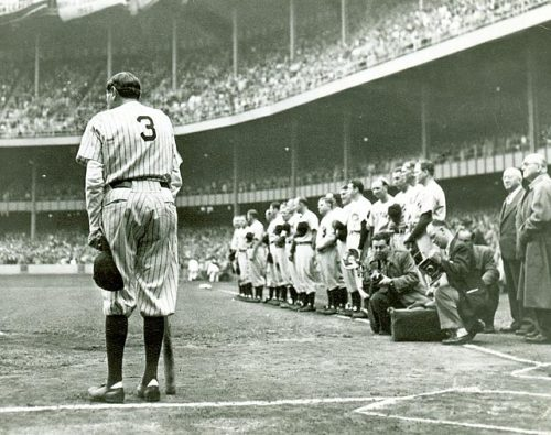 siphotos:  Babe Ruth salutes the New York fans during his final appearance at Yankee Stadium in 1948. (AP) GALLERY: Rare Photos of Babe Ruth