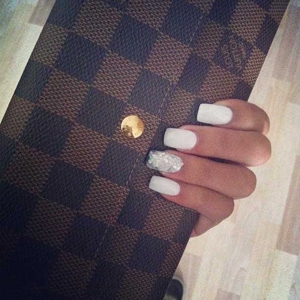 thugsandlouboutins:  lustt-and-luxury:  ℓ&ℓ  http://thugsandlouboutins.tumblr.com/