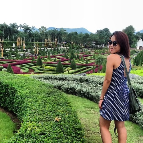 Feeling Girl!!  (at Nong Nooch Tropical Garden)
